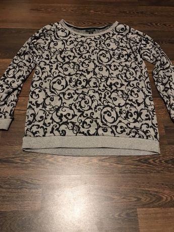 Popielaty sweterek we wzory