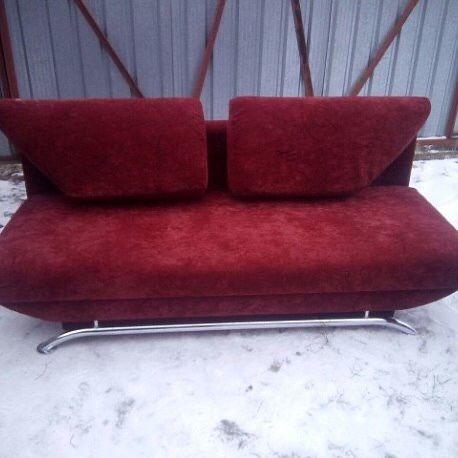 Перетяжка, реставрация и ремонт мягкой мебели.