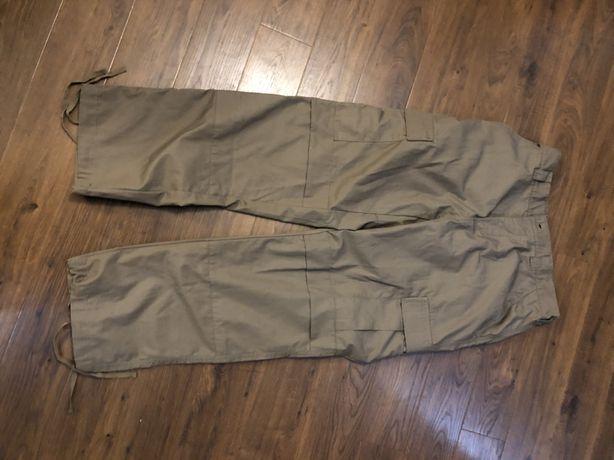 Spodnie magnum