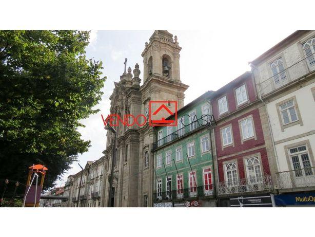 Vende-se Prédio – Centro Histórico - Braga