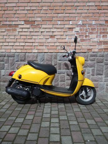 Продам Скутер Yamaha Vino 4t