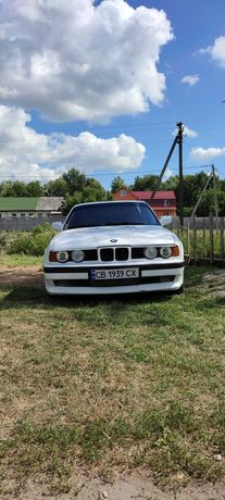 Продам БМВ Е34 520i