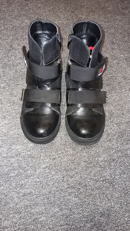 Ботинки кожаные демисезонные 32р.