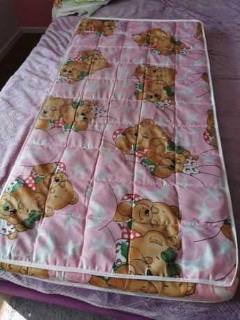 В кроватку матрас защита постельный комплект мобиль одеяло подушка