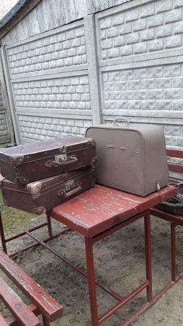 Walizka do maszyny Predom i walizki z czasów PRL
