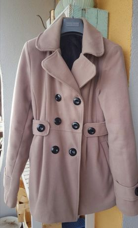 Beżowy płaszcz jesienny zimowy