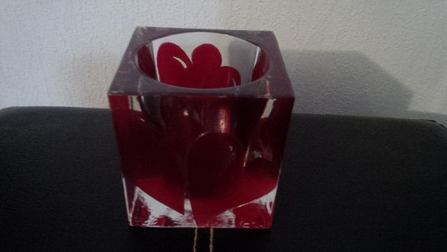 """Продам стеклянный подсвечник """"Сердце""""."""