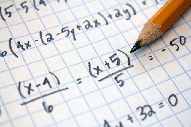 Korepetycje z Matematyki [Absolwent AGH][dojazd/zajęcia online]