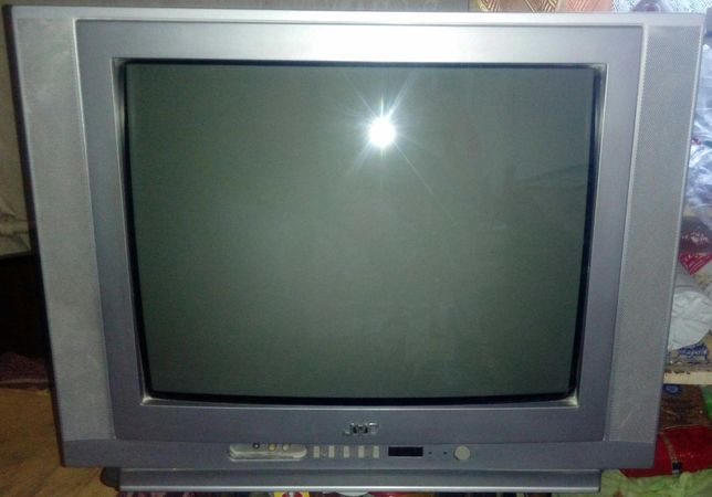 Рабочий телевизор JVC Диагональ 52 см Робочий телевізор +Погрузка в ав