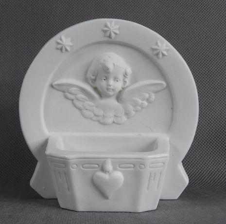 KROPIELNICA porcelana biskwit ANIOŁ amor