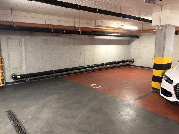 Garaz podziemny miejsce postojowe Podgorze ul.Nadwislanska Krakow