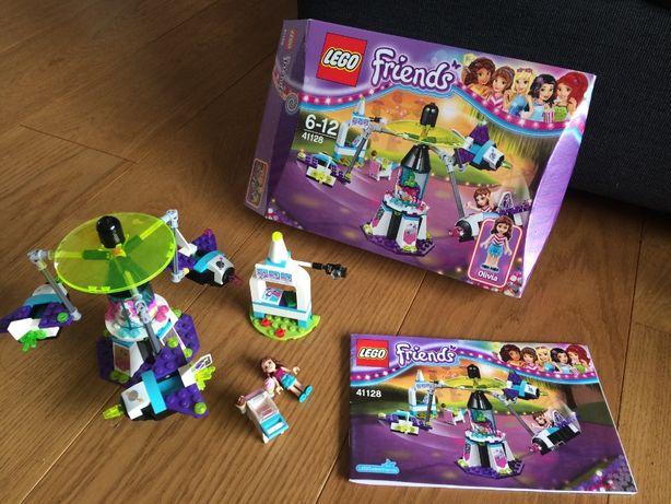 Lego Friends 41128 Kosmiczna karuzela w parku rozrywk