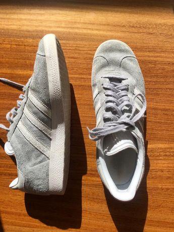 Ténis adidas