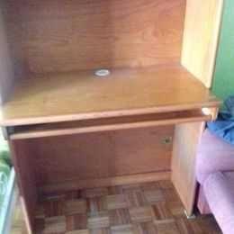 estudio em pinho, cama,gaveta,secretaria, mesa de cabeceira, e movel