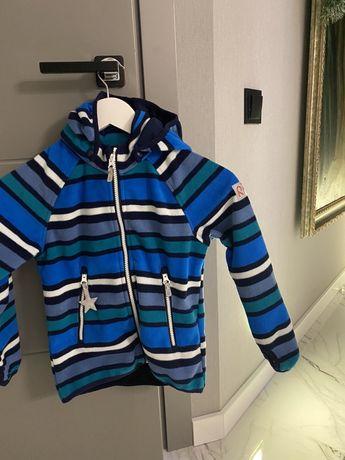 Демисезонная куртка Reima/ термоподдева под зиму 122р .