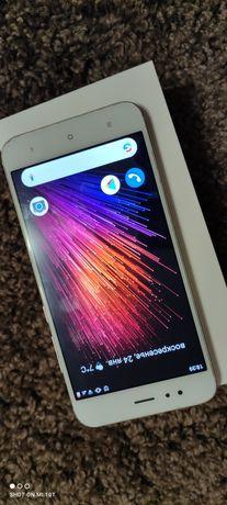 Продам  телефон Мі А1