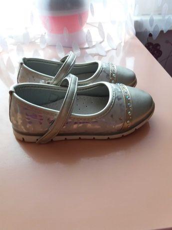Туфелькі для дівчинкі