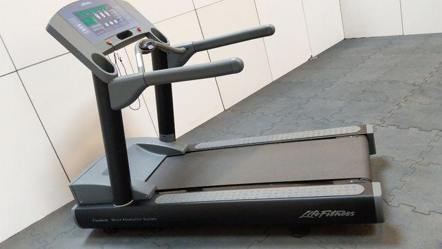 Bieżnia Life Fitness 95Ti Czarny Mat Gwarancja 36 miesięcy
