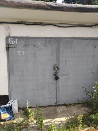 Продам гараж в Петровском районе
