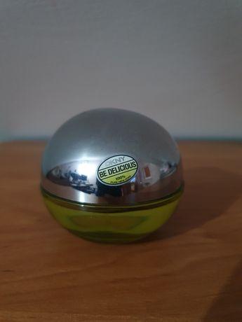 Testry perfum damskich