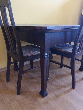 Duzy stół rozkładany drewniany, antyk z 4 krzesłami
