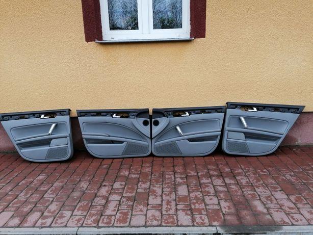 Boczki Tapicerka Drzwi Skóra Czarne Europa VW Phaeton