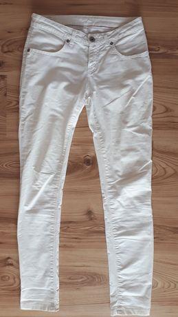 Białe spodnie big star