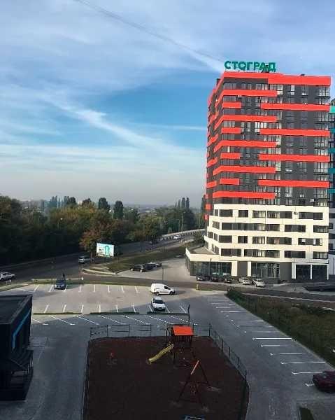 Центр міста, укомплектована 1-кімнатна квартира. RK