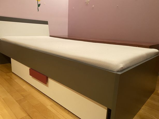 Łóżko młodzieżowe z szufladą Agata Meble Libelle