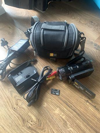 Kamera cyfrowa Sony HDR-CX6EK 16GB, torba