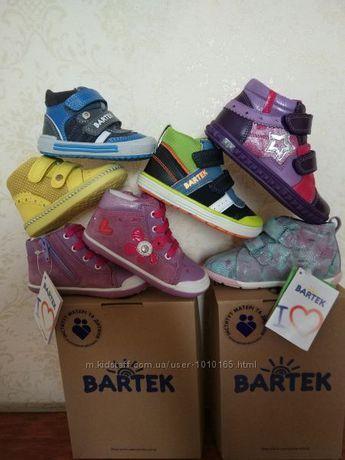 Распродажа: деми полуботинки, ботинки кожа Бартек (Bartek).Весна-Осень