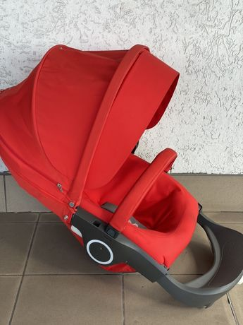 Siedzisko Stokke- crusi, xplory,traliz kolor Red