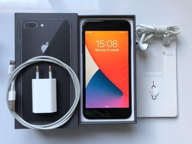 Iphone 8 plus 64gb новая батарея, в отличном состоянии + чехол