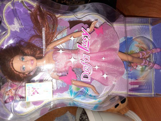 Лялька з крилами