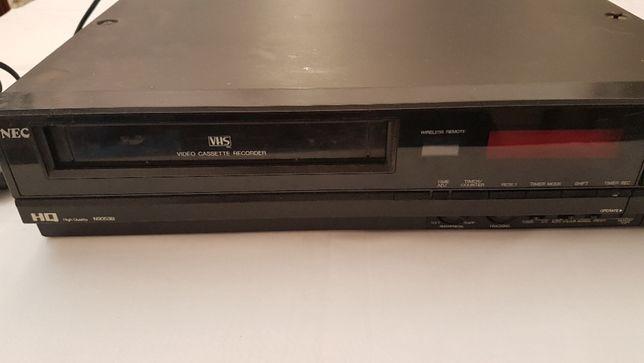Video VHS marca NEC avariado p/peças + 4 Colunas  (Sony e Dynamic)