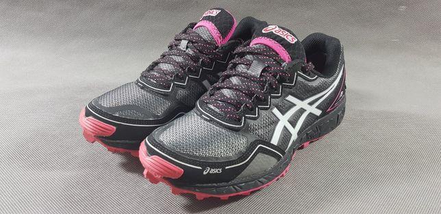 Buty do biegania Asics Gel Fujisetsu Gtx38 24cm jak nowe
