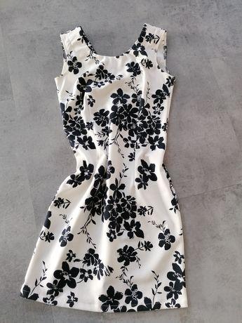 Sukienka koktajlowa  w kwiaty