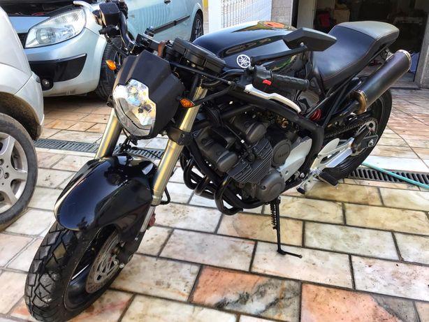 Yamaha XJ600 S  Café Racer Tudo mudado