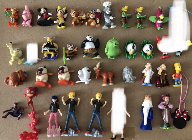 Figurki Kinder Jajo postacie z bajek Kraina Lodu Biedronka Angry Birds