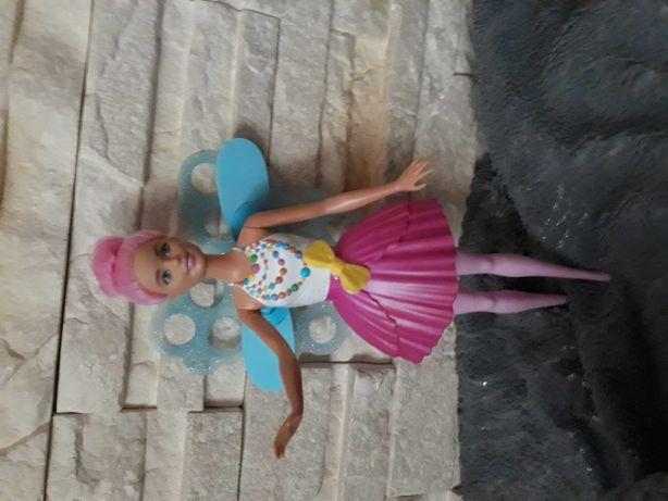 Lalka Barbie wrozka do puszczania baniek