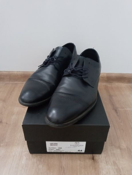 Granatowe buty męskie 46