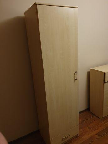 Szafa z półkami i szufladą