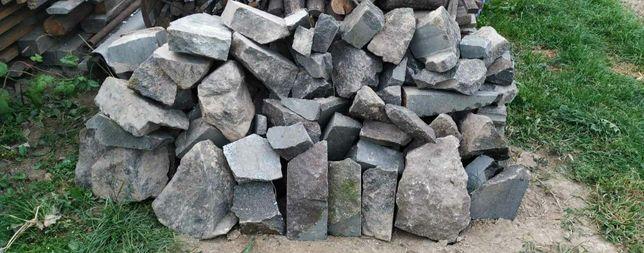 Камінь натуральний