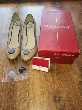 Nowe buty ze skóry firmy EXCELLENT roM.39