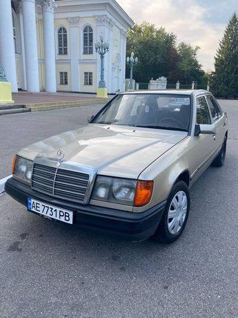 Продам Легенду Mercedes w 124