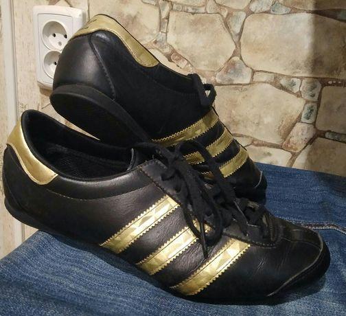 Кожаные кроссовки adidas оригинал 37-38