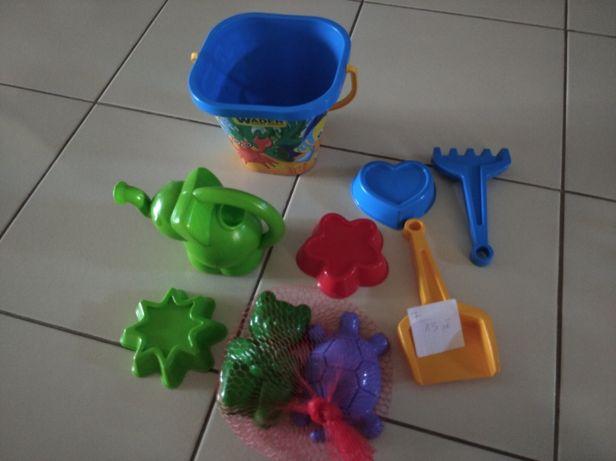 Zabawki do piasku nowe i zestaw do ciastoliny