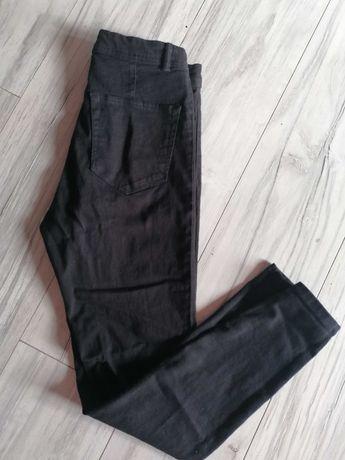 Spodnie z wysokim stanem czarne