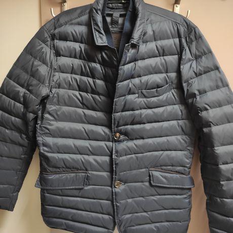 Продам куртку Massimo Dutti пух