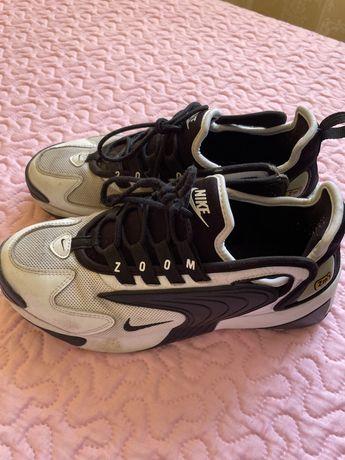 Sapatilhas Nike - tamanho 38,5